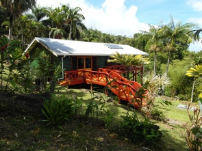 2 Bedroom Home with Landscaped Tropical Gardens