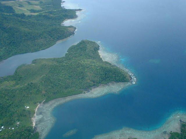Nukuni Headland, with Nukuni Bay and Sau Bay on either side