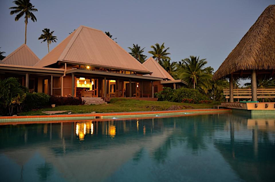 Maravu Paradise Evening Poolside and Bures 2