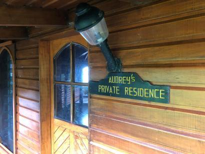 Audrey`s Home - Entrance